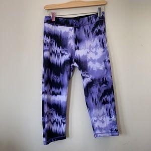 Adidas Purple Athletic Capris, M.    AA-103